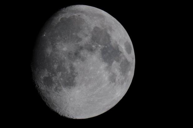 Moon - 11 October 2008