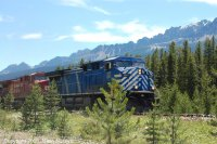 Leased AC4400 CEFX1041 runs on CP rails through Banff National Park.